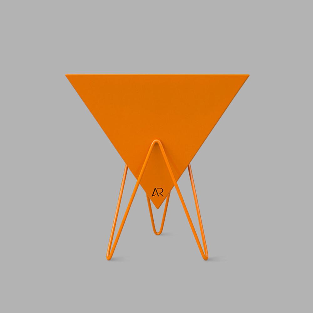 pyramid_planter_white_0765