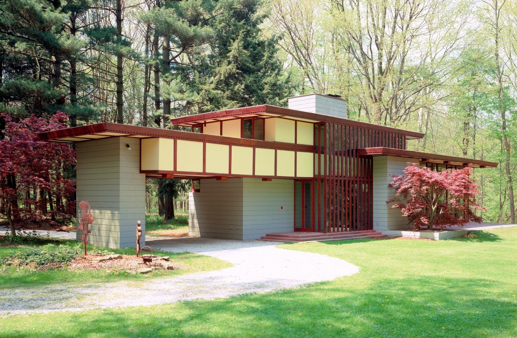 Frank Lloyd Wright Houses You Can Rent