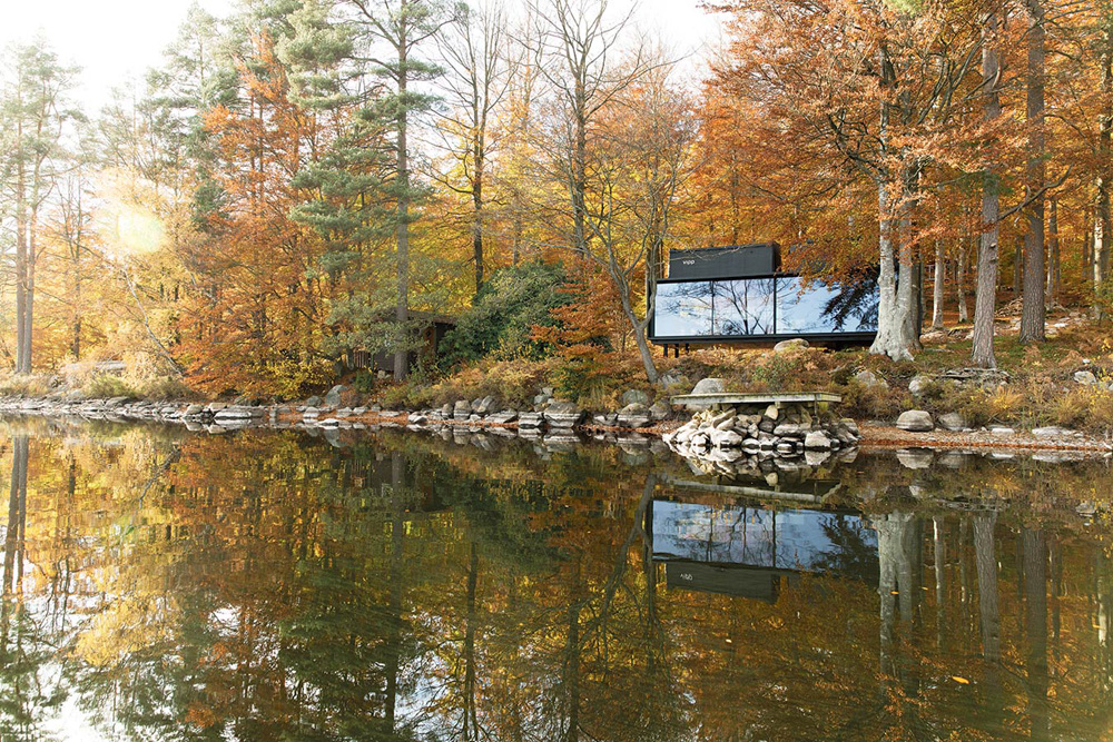 vipp-shelter-a-timeless-forest-cabin-2
