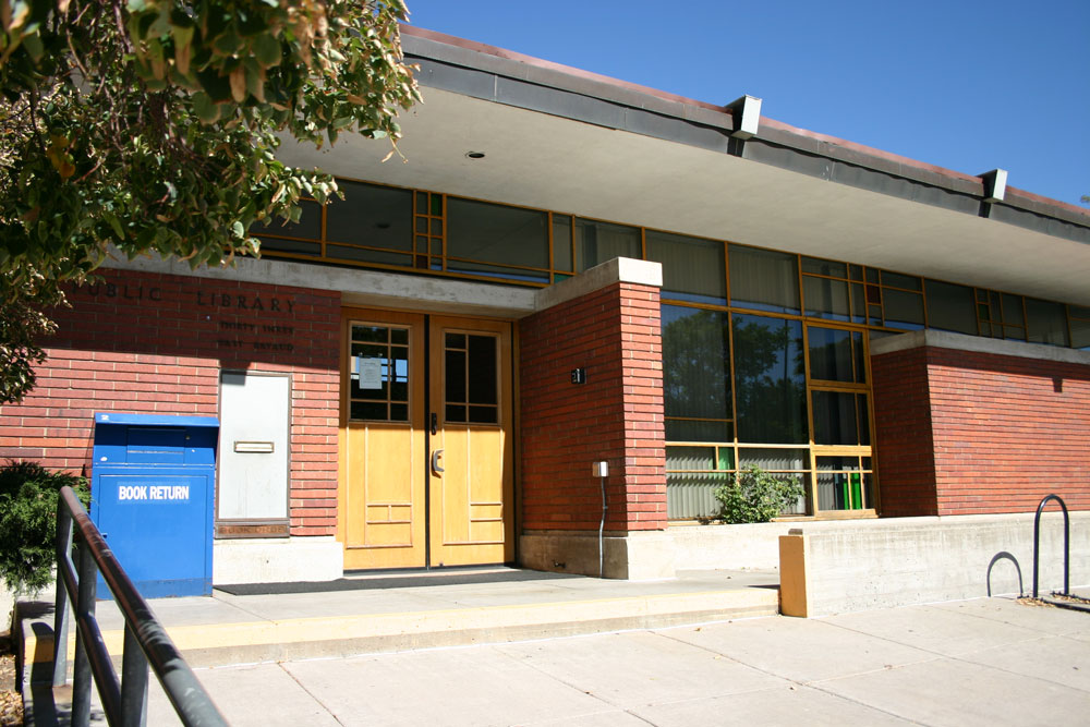 Ross-Broadway-Branch-Library-002